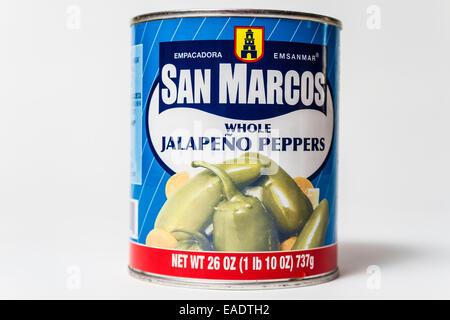 San Marcos ganze eingelegte Jalapenopfeffer allgemein verfügbar in den meisten Lebensmittelgeschäften California - Stockfoto