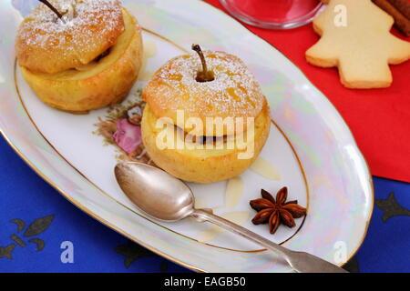 pics Baked Spice-Stuffed Apples Recipe