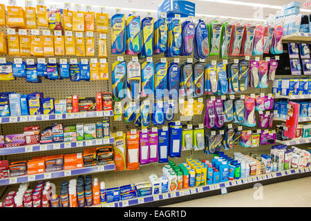 Miami Beach Florida Walgreens Apotheke Drogerie Aufsteller Fuß Pflege Dr. Scholl - Stockfoto