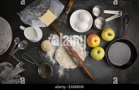 kuchen kochen zutaten einen kuchen zu machen stockfoto bild 35638927 alamy. Black Bedroom Furniture Sets. Home Design Ideas