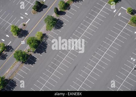 Luftaufnahme des leeren Parkplatz - Stockfoto