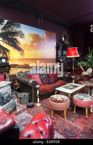 Innenaufnahme der Lounge im ersten Stock, Dalston eklektischen Präparatoren Lager- und Standorte Studio in East - Stockfoto