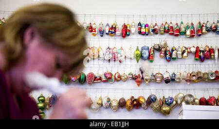 Glas Ornamente In Vanocni Ozdoby Weihnachtsschmuck Fabrik Dvur