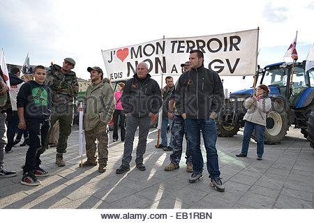 Landwirte, Züchter, Reis Bauern Demonstration am Vieux Port und vor der Präfektur von Marseille. November 2014. - Stockfoto
