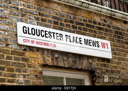 Gloucester Place Mews Straßenschild, Marylebone, London, England, UK - Stockfoto
