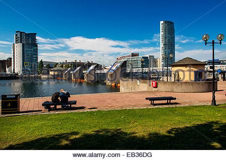 Durch den Fluss Lagan in Belfast. - Stockfoto