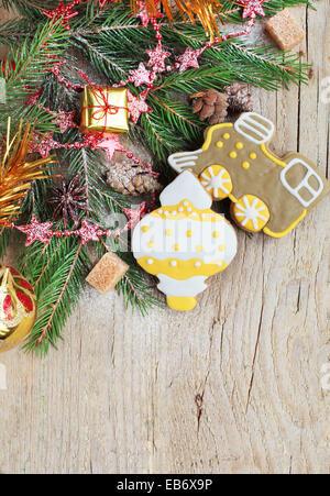 hausgemachte weihnachten pfefferkuchen gemalt als gelb. Black Bedroom Furniture Sets. Home Design Ideas