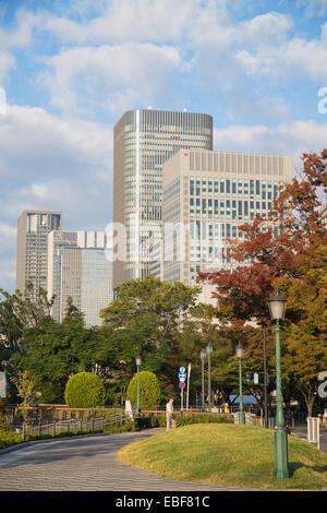 Wolkenkratzer auf Naganoshima Insel, Osaka, Kansai, Japan - Stockfoto