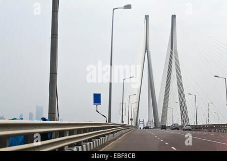 Indien-Mumbai-Brücke-Überführung - Stockfoto