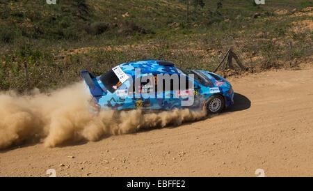 Umit Erdim fährt Mitsubishi Lancer Evo VIII Auto Avis Bosporus Rallye Mudarli Bühne - Stockfoto