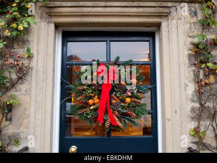 englische weihnachten t rkranz stockfoto bild 117480494 alamy. Black Bedroom Furniture Sets. Home Design Ideas