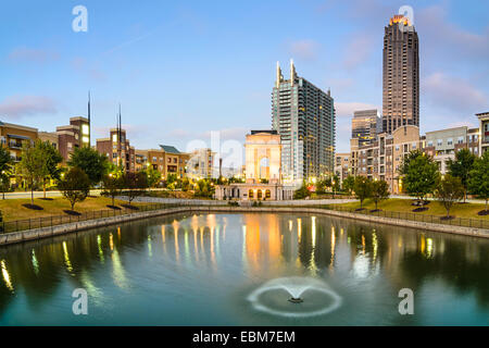 Skyline von Atlanta, Georgia, USA an Atlantic Station. - Stockfoto