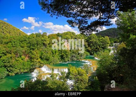Skradinski Buk Wasserfälle und Kaskaden, Kroatien, Sibenik, Krka Nationalpark - Stockfoto
