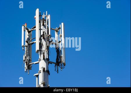 Antenne für Mobilfunk - Stockfoto