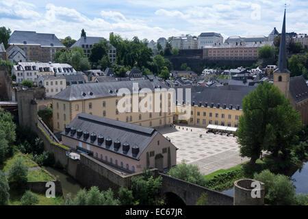 Neumünster Abbey am Fluss Alzette, Neumünster-Abtei auf dem Fluss Alzette, Luxemburg, Luxemburg, Europa - Stockfoto