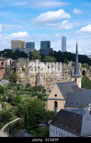 Neumünster Abbey auf dem Fluss Alzette, Luxemburg, Luxemburg, Europa - Stockfoto