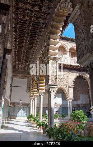 Ansicht der Alcazar Palast, Sevilla, Andalusien, Spanien - Stockfoto