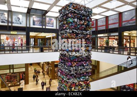 Deutschland, Berlin, Berlin-Mitte, Friedrichstraße, Quartier 205 Einkaufszentrum, konzipiert von Oswald Mathias - Stockfoto