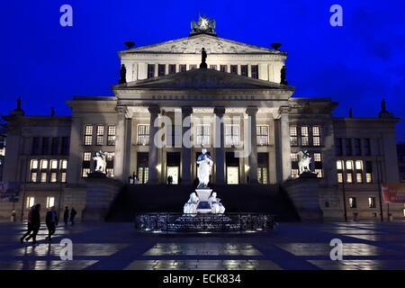 Deutschland, Berlin, Bezirk Mitte, Gendarmenmarkt, das Theater Schauspielhaus (Konzerthaus) - Stockfoto