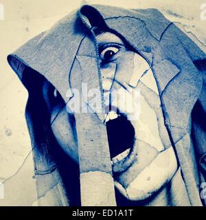 Geist, zerschmetterte Mann schreien auf Grunge Wall Serie, grauen Hintergrund für Filme Posterprojekt, Bucheinband - Stockfoto
