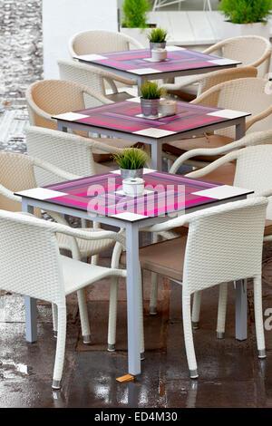 Straßencafé in Puerto De La Cruz, Teneriffa, Kanarische Inseln, Spanien. - Stockfoto