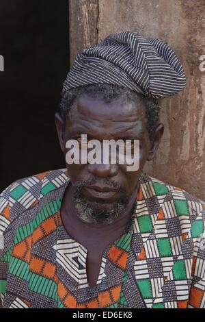 Älterer Mann Gambaga, Ghana, mit tribal Narben im Gesicht - Stockfoto