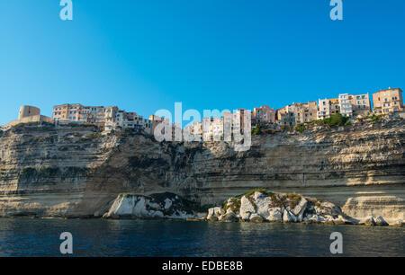 Altstadt auf Kreide Klippen, Bonifacio, Korsika, Frankreich - Stockfoto