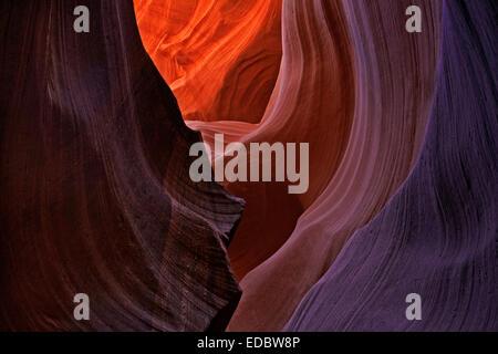 Sandstein-Formationen im Lower Antelope Canyon, Slotcanyon, Page, Arizona, Vereinigte Staaten - Stockfoto