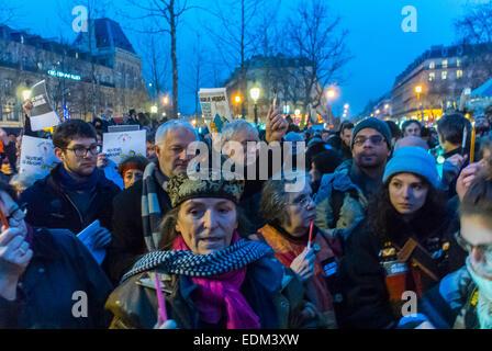 Paris, Frankreich, Demonstration gegen den Terrorismus, die Sie nach der Aufnahme den Angriff auf den franzoesischen - Stockfoto