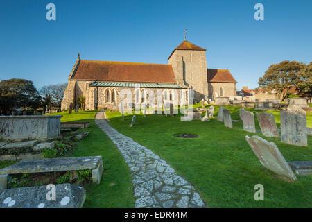 St Margaret's Church in Rottingdean Dorf, East Sussex. - Stockfoto