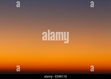 Farben des Himmels in den frühen Morgenstunden - Stockfoto