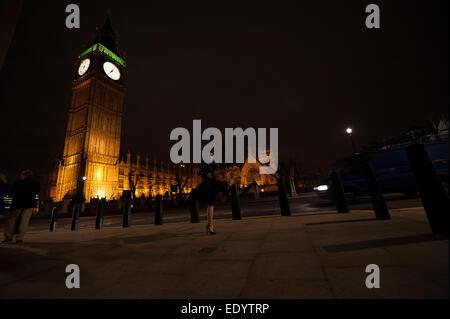 London Big Ben clcok clock Twirl. Credit: LEE RAMSDEN/ALAMY - Stockfoto