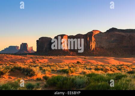 Am frühen Morgen Licht auf Monument Valley, Utah - Arizona, USA - Stockfoto