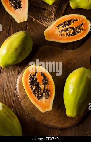 papaya mit samen stockfoto bild 310611407 alamy. Black Bedroom Furniture Sets. Home Design Ideas