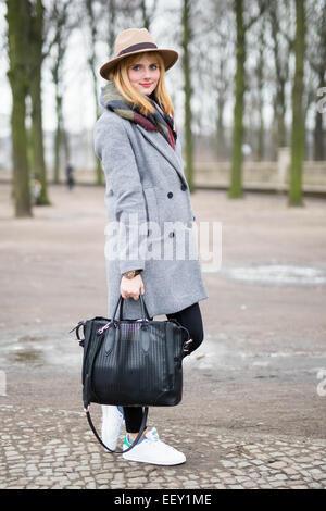 Julia Schaffner Teilnahme an Mercedes-Benz Fashion Week in Berlin, Deutschland - 19. Januar 2015 - Foto: Start-und - Stockfoto