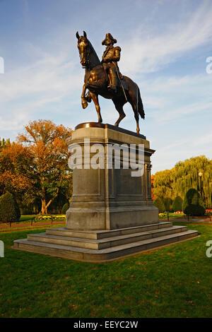 USA, Massachusetts, Boston, Statue von George Washington in Boston Public Garden - Stockfoto
