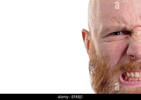 zorniger Mann, isoliert auf weißem Hintergrund - Stockfoto