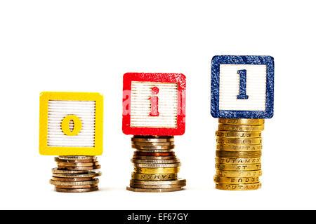 Öl Kosten Kosten Preis Preise weißen Hintergrund steigenden hohen höhere schwankenden Geld kaufen kaufen Kraftstoff - Stockfoto