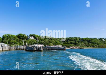 Norden der Fähre verlassen Shelter Island für Greenport, Suffolk County, Long Island, NY, USA - Stockfoto