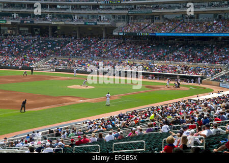 Der Baseball-Park am Zielfeld in Minneapolis, Minnesota, USA. - Stockfoto