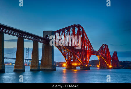 Forth Rail Bridge aus South Queensferry, Firth of Forth, Schottland, UK - Stockfoto