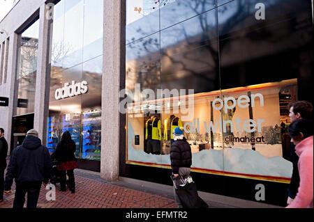 Birmingham Adidas Kleidung Sport shop Shop - Stockfoto