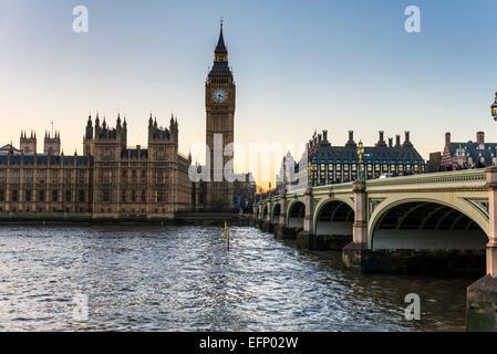 Die Elizabeth-Turm der Häuser des Parlaments des Vereinigten Königreichs ist auch bekannt als Big Ben, der Spitzname - Stockfoto