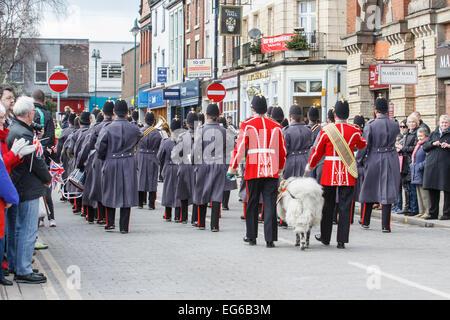 Crewe, Cheshire, UK. 18. Februar 2015. Soldaten aus der Mercian Regiment sind am 17. Februar 2015 geehrt mit der - Stockfoto