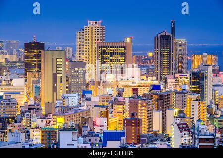 Kobe, Japan Stadtbild im Zentrum von Sannomiya Bezirk. - Stockfoto