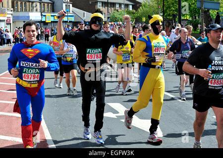 London Marathon Spaß oder Charity-Läufer in Tracht - Stockfoto