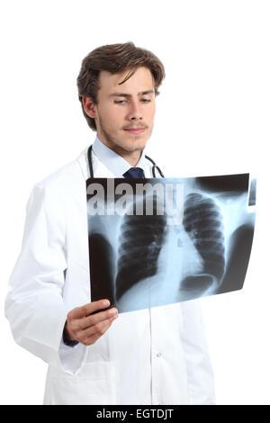 Ernst Arzt Mann Prüfung eine Radiographie isoliert auf weißem Hintergrund - Stockfoto