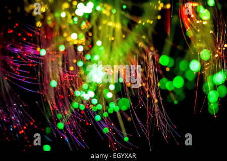 Mehrfarbige Glasfaser mit selektiven Fokus. - Stockfoto