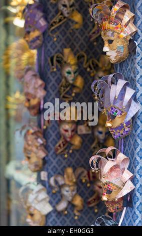 Europa, Italien, Veneto, Venedig, venezianische Karnevalsmasken - Stockfoto