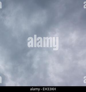 Graue Sturm Himmel werden als Hintergrund verwendet - Stockfoto